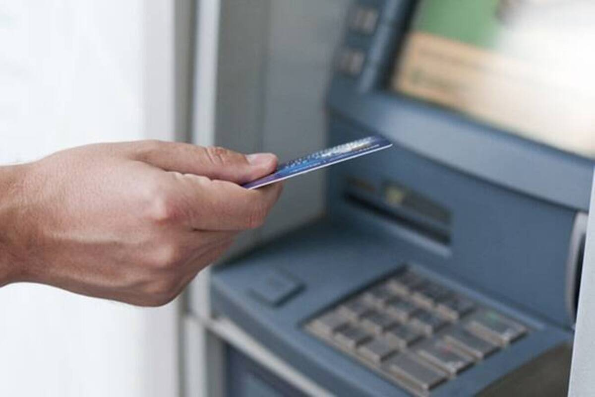 Understand credit card cash withdrawal charges before you regret it